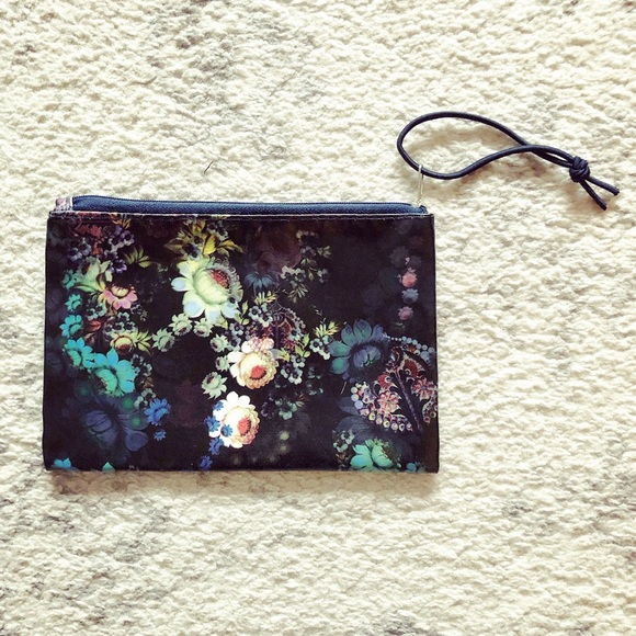 Cynthia Rowley Handbags - Gorgeous black floral nylon cosmetic makeup bag